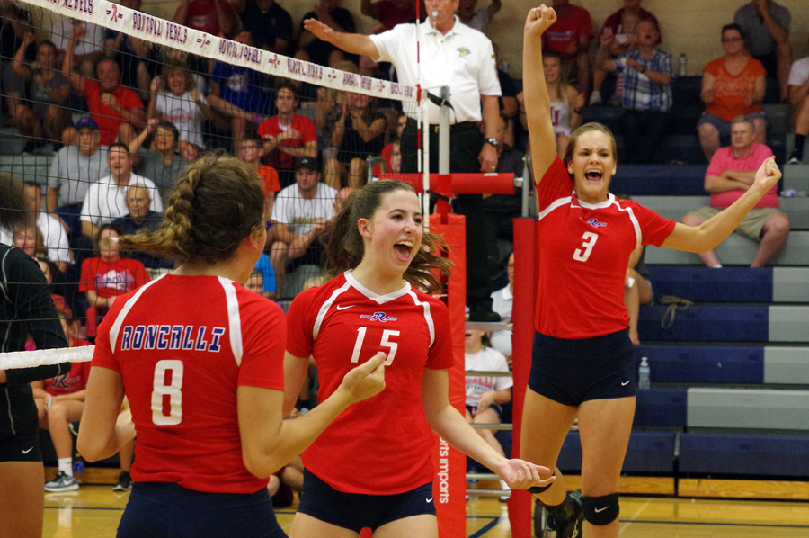 Roncalli Volleyball vs Lawrence North on August 15, 2017